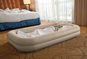 colchón hinchable para niños