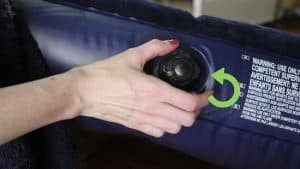 válvula de un colchón hinchable