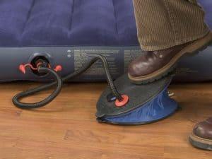 hinchar un colchón hinchable