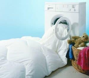 edredón en una lavadora