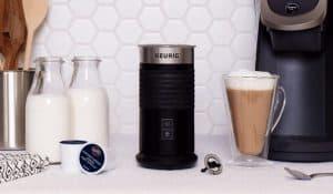 espumador de leche moderno
