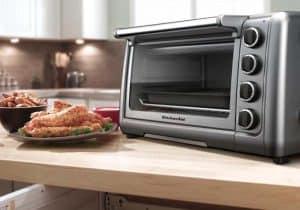 mini horno en la cocina