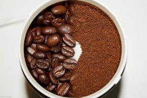 café molido y en granos