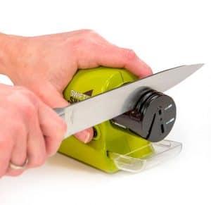 afilador de cuchillo verde