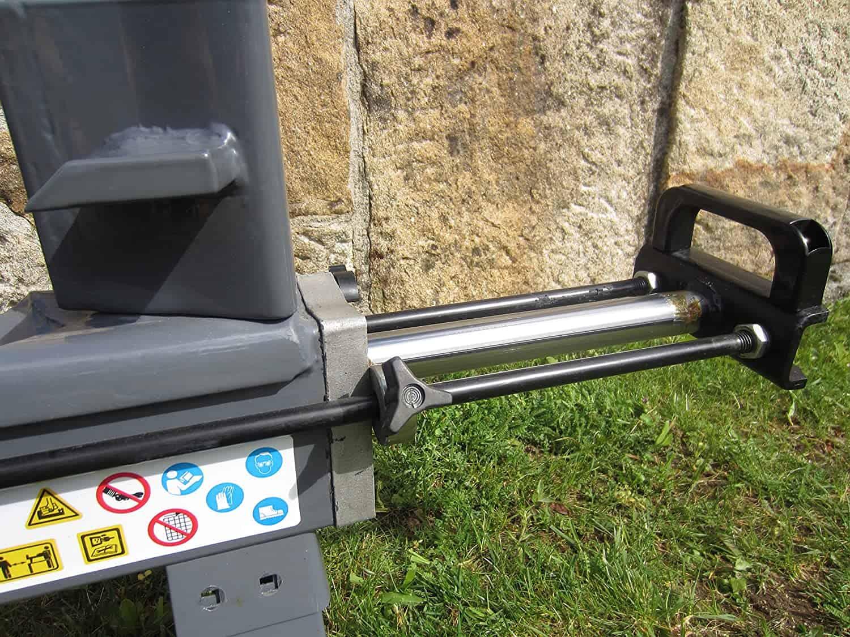 cortador de leña de cerca