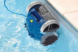 robot de piscina azul