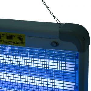 esquina de una lámpara anti insectos