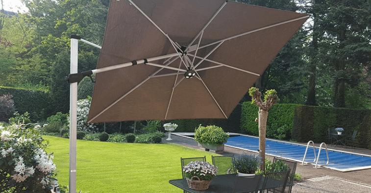 parasol excéntrico marrón