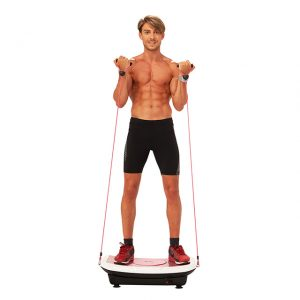 hombre usando una plataforma vibratoria
