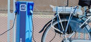 cargar una bicicleta eléctrica
