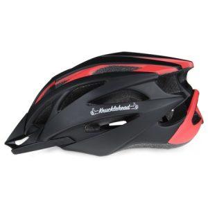 casco de bicicleta rojo y negro