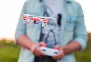dron con cámara pequeño