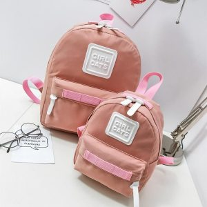 dos mochilas rosas