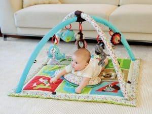 gimnasio para bebé cuadrado