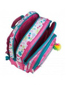 mochila infantil abierta