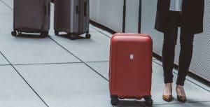 maleta de cabina roja rígida