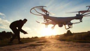 dron con cámara compacto