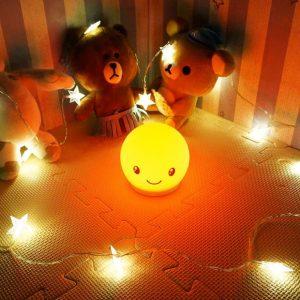 luz de noche para bebé naranja