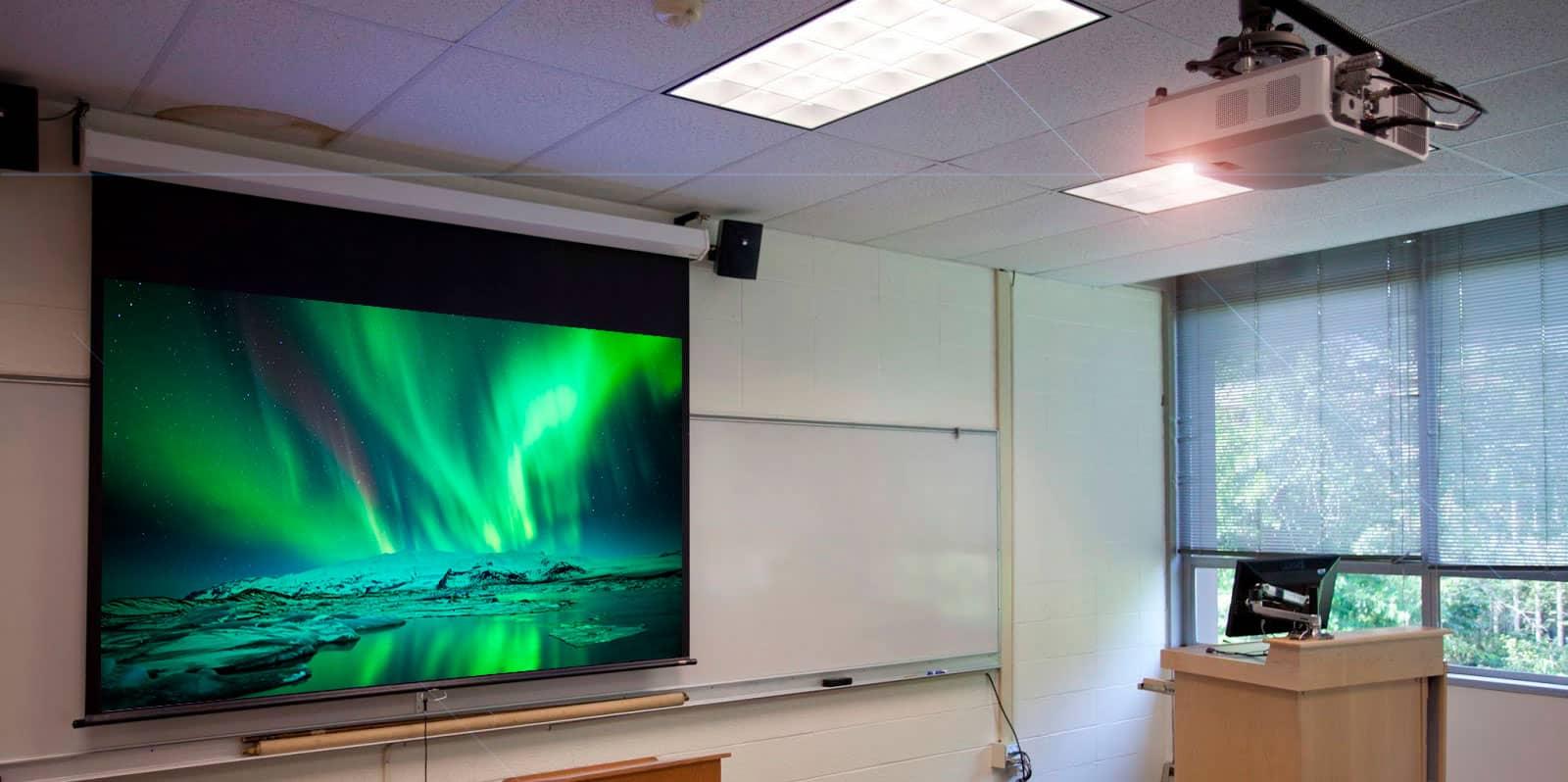 pantalla de proyección de techo