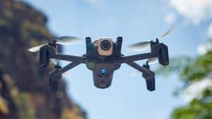 dron con cámara con calidad