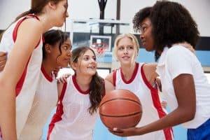chicas de un equipo de baloncesto
