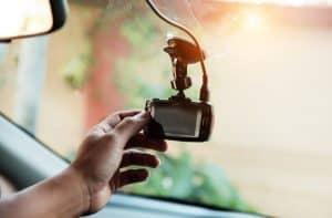 colocar una cámara trasera para coche