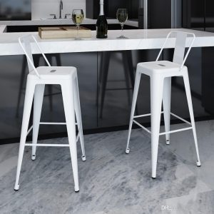 sillas altas metálicas
