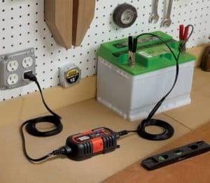 cargador de batería pequeño