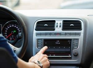 radio de coche grande