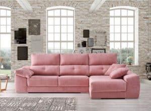 sofá con chaise longue llamativo
