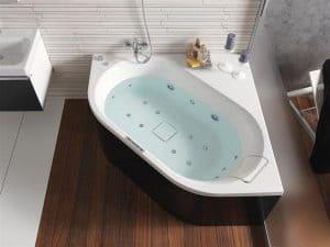 bañera de ángulo bonita