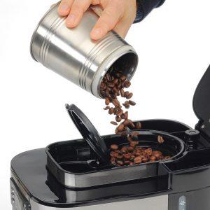 depósito de una cafetera con molinillo