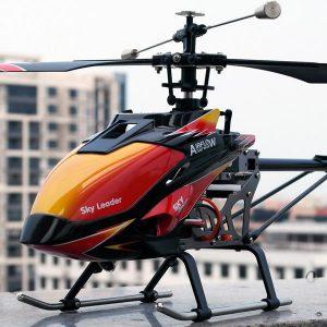 helicóptero teledirigido bonito