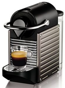 cafetera Nespresso compacta