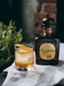 botella de tequila don julio