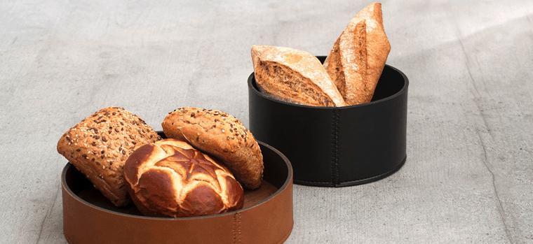 panes pequeños en paneras