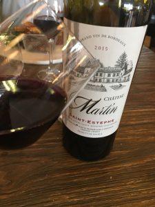 botella de vino de Burdeos