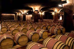barriles de vino tinto