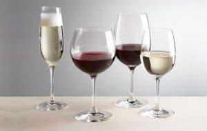 distintas copas de vino