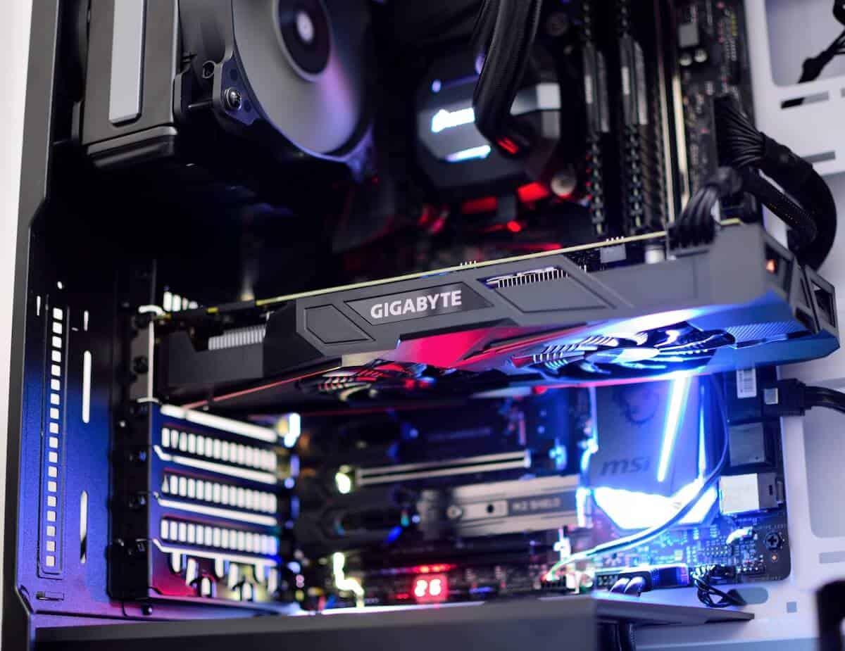tarjeta de vídeo dentro de un ordenador