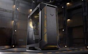 torre de ordenador en fondo negro