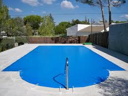 lona para piscina con forma