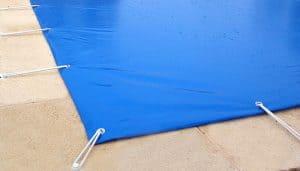 lona para piscina y sistema de fijación