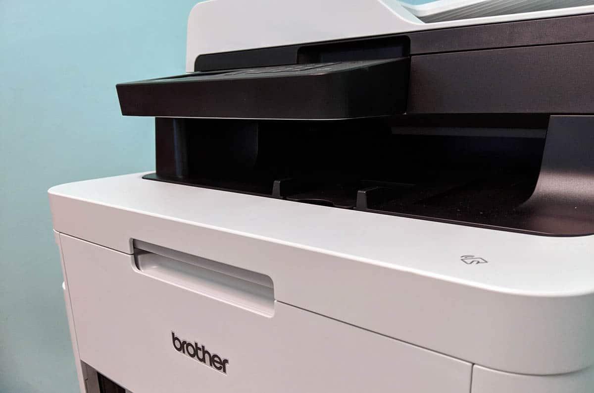 impresora láser de cerca