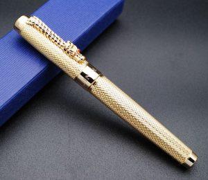 pluma estilográfica de diseño