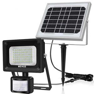 lámpara solar con sensores