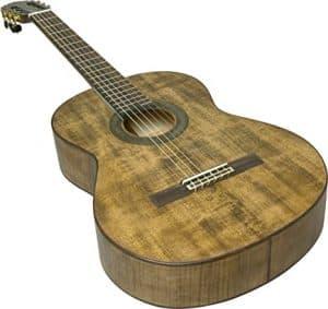 guitarra clásica oscura