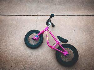 bicicleta sin pedales bonita