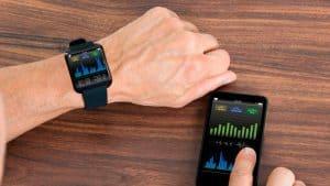 smartwatch y móvil