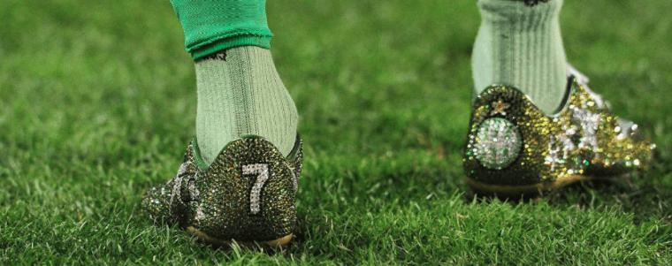 zapatillas de fútbol verdes
